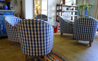 Skaf dig af med gamle møbler til stue og kontor – find nye